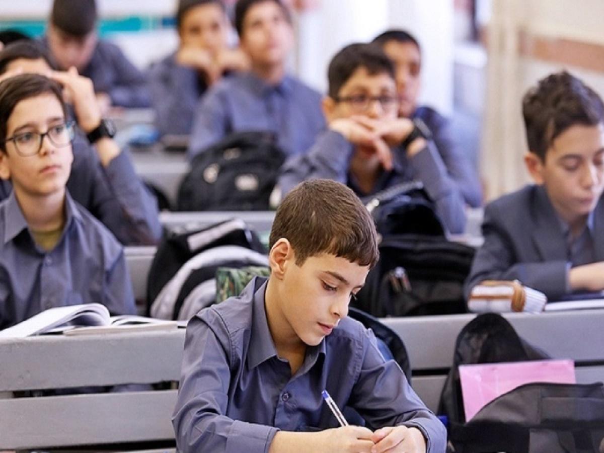 مخالفت مجلس با تغییر زمان شروع سال تحصیلی
